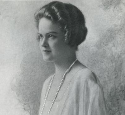 Portrait of author Julia Davis Adams