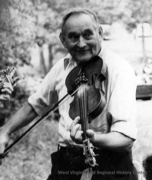 Ira Mullins playing fiddle