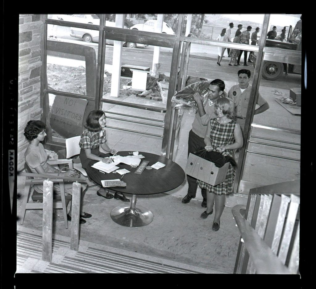 Students moving into Towers residence halls, 1965