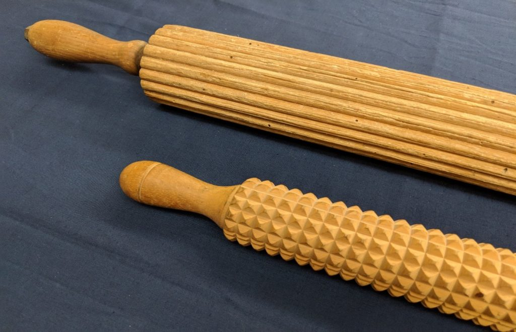 Tutove rolling pin and Linden Sweden Deep Notched rolling pin
