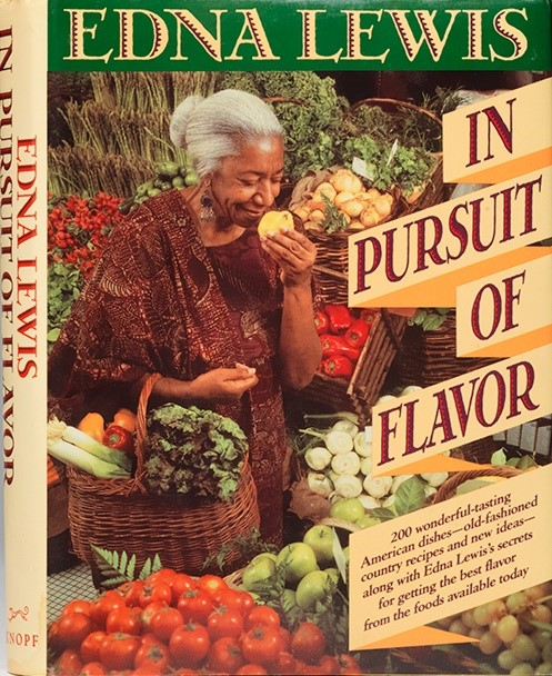 Book cover of in pursuit of flavor by edna lewis